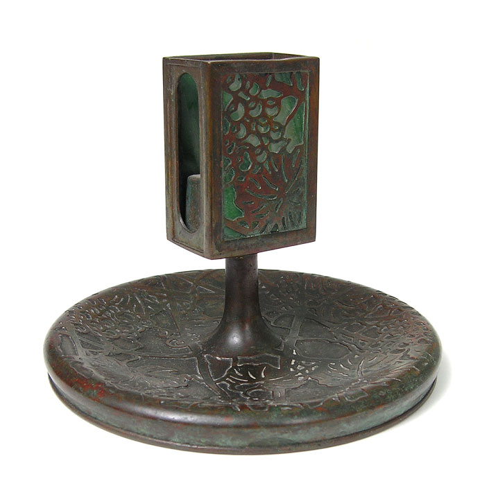 Grapevine, Ashtray/match Stand