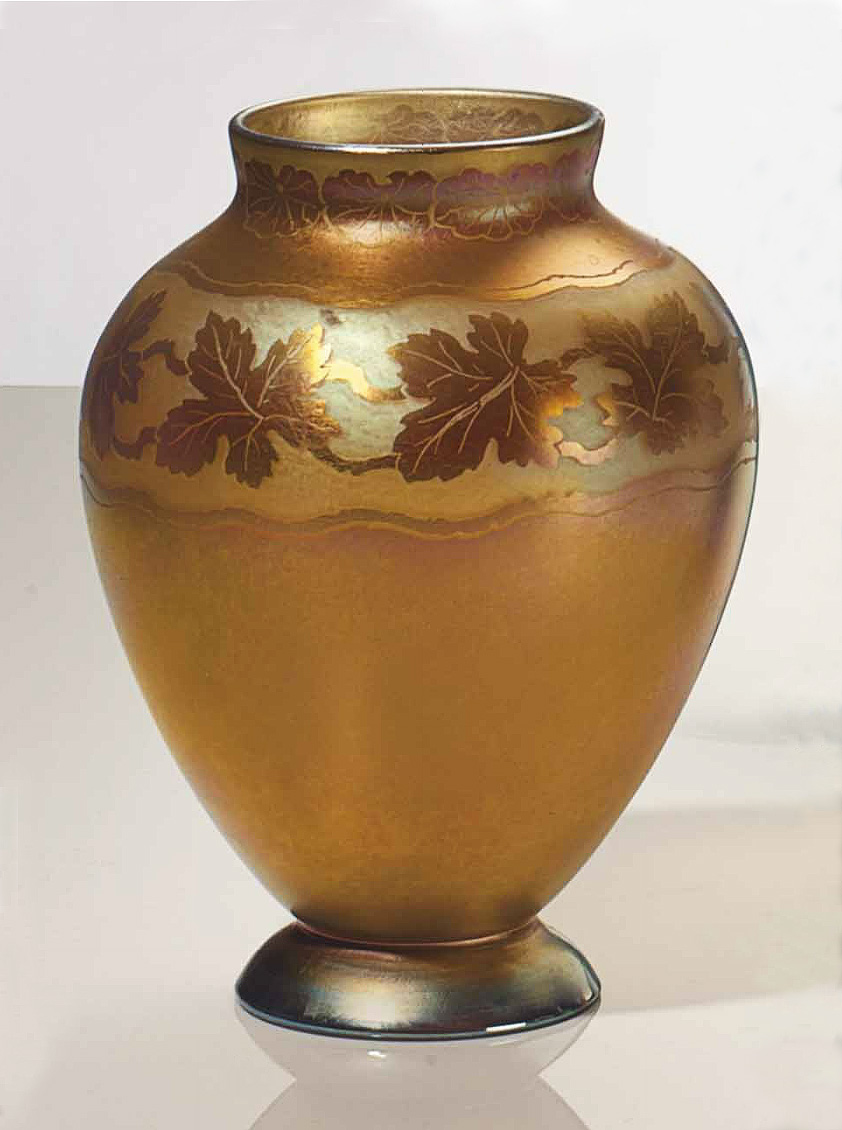 Tiffany Favrile, Acid-etched vase