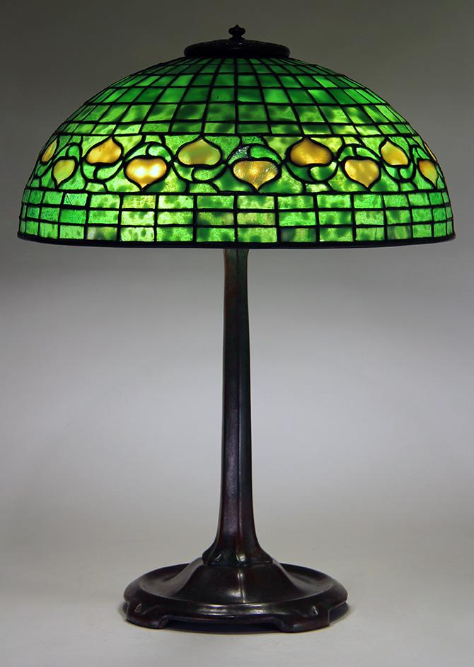 Chasenantiques Com Lamps Tiffany Studios 16 Quot Acorn Lamp
