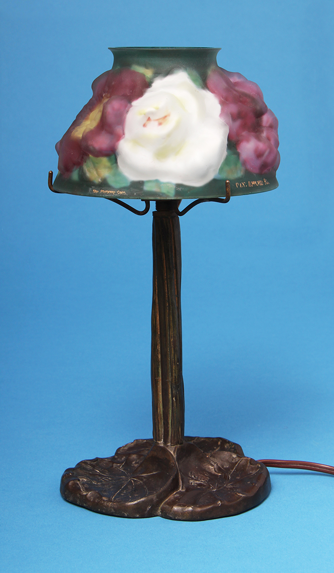 Pairpoint, Puffy roses boudoir lamp