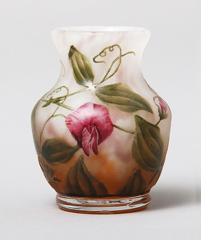 Chasenantiques Com French Glass Daum Nancy Sweet Pea Vase