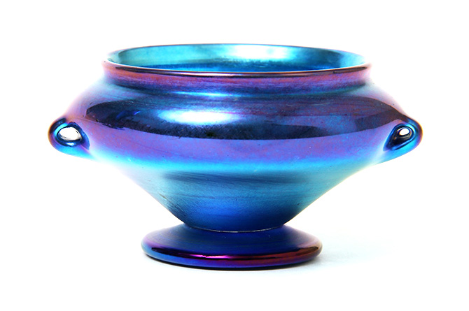 Tiffany Favrile, Blue 2-handled salt
