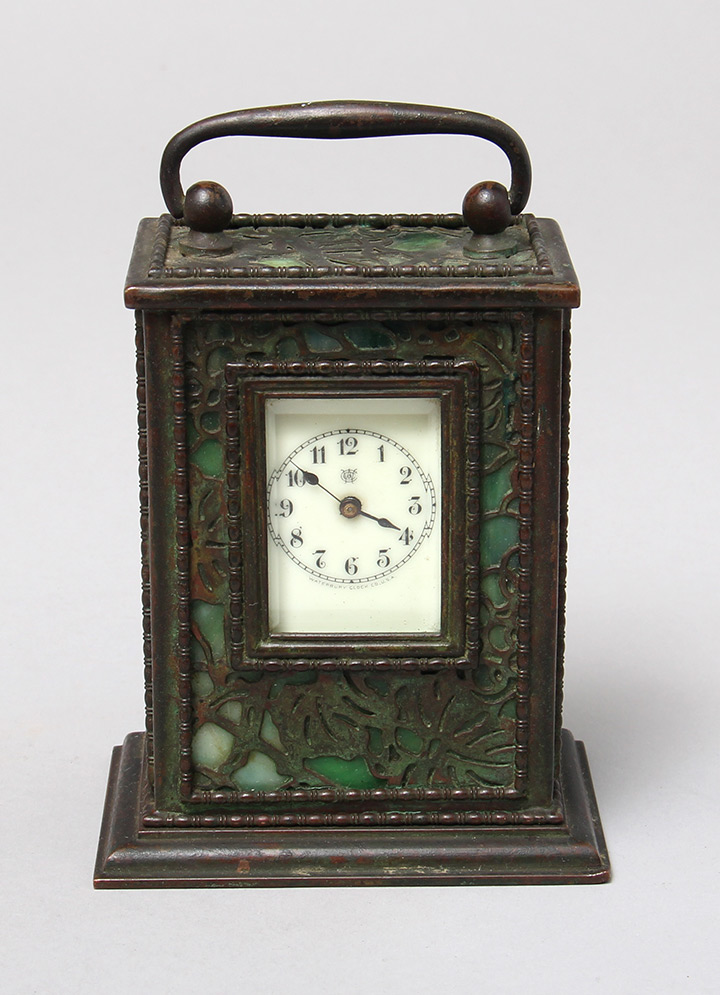 Grapevine, Carriage Clock