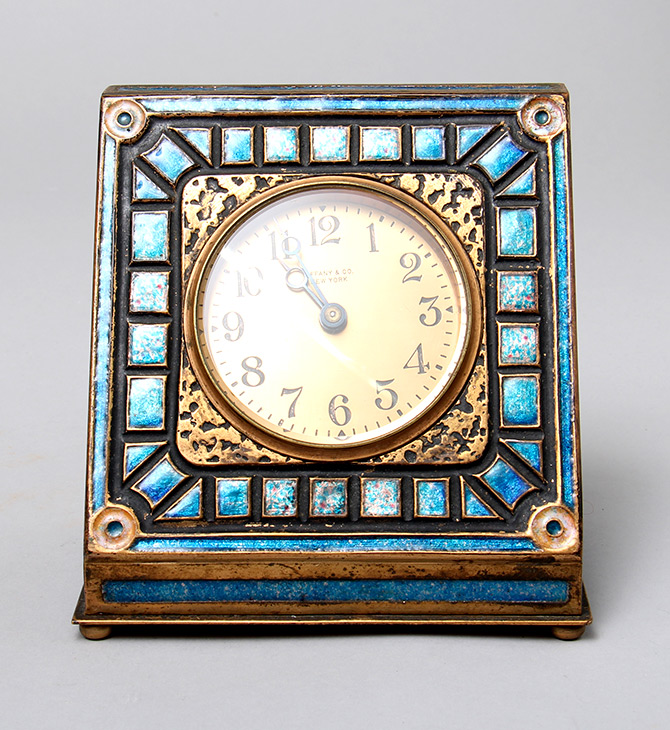 Art Deco, Blue clock
