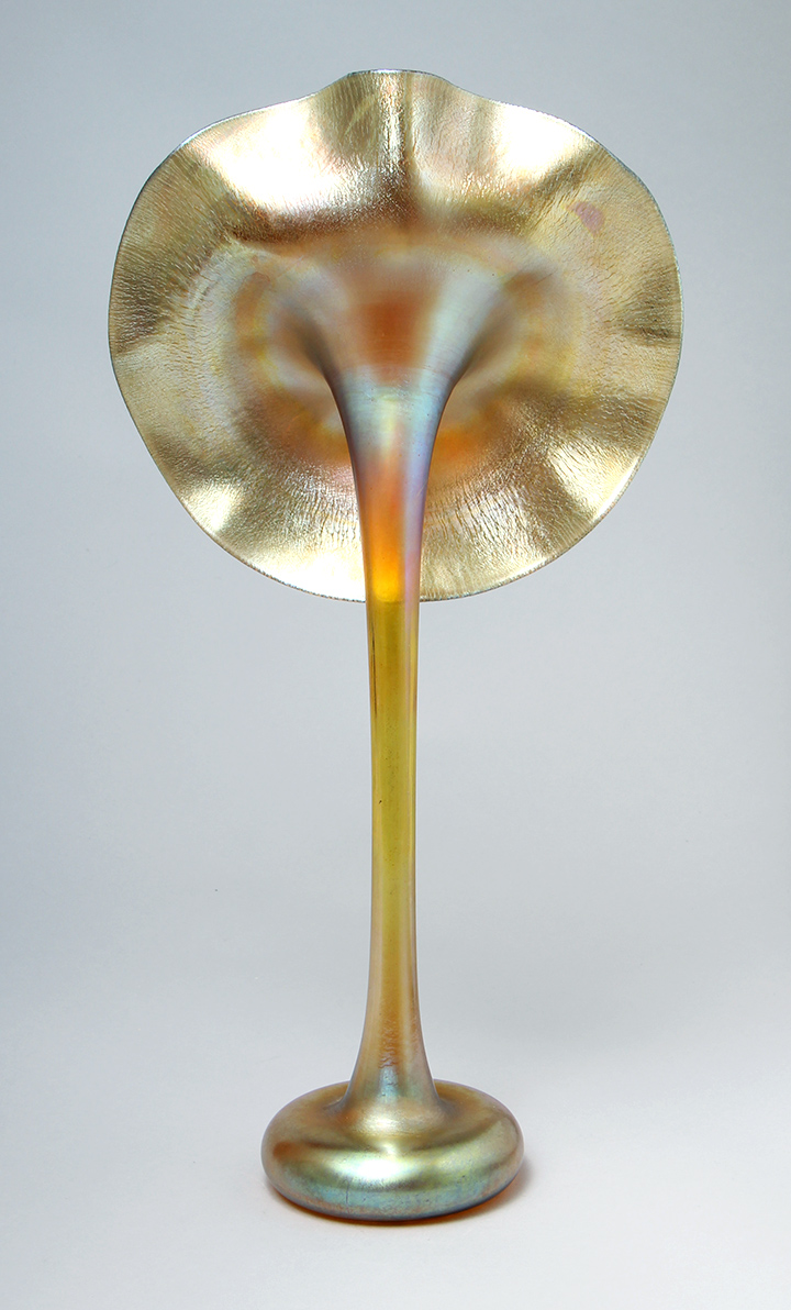 Chasenantiques american glass tiffany favrile jack in the the core of many tiffany favrile glass collections is often a jack in the pulpit vase the quality varies from example to example reviewsmspy