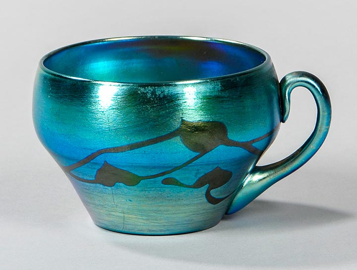Tiffany Favrile, Blue decorated cup