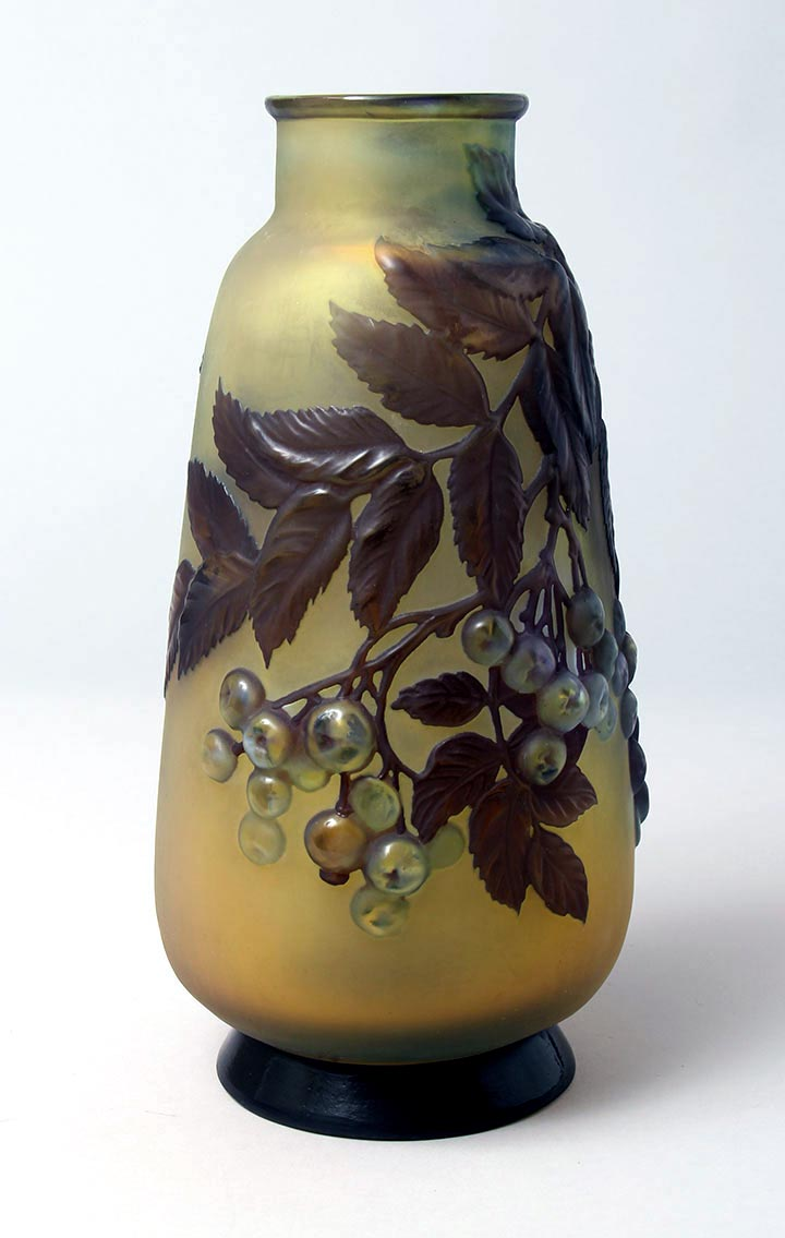 Blownout Rowanberry Vase