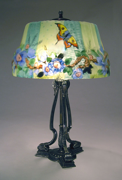 Butterfly & Dogwood Puffy Lamp