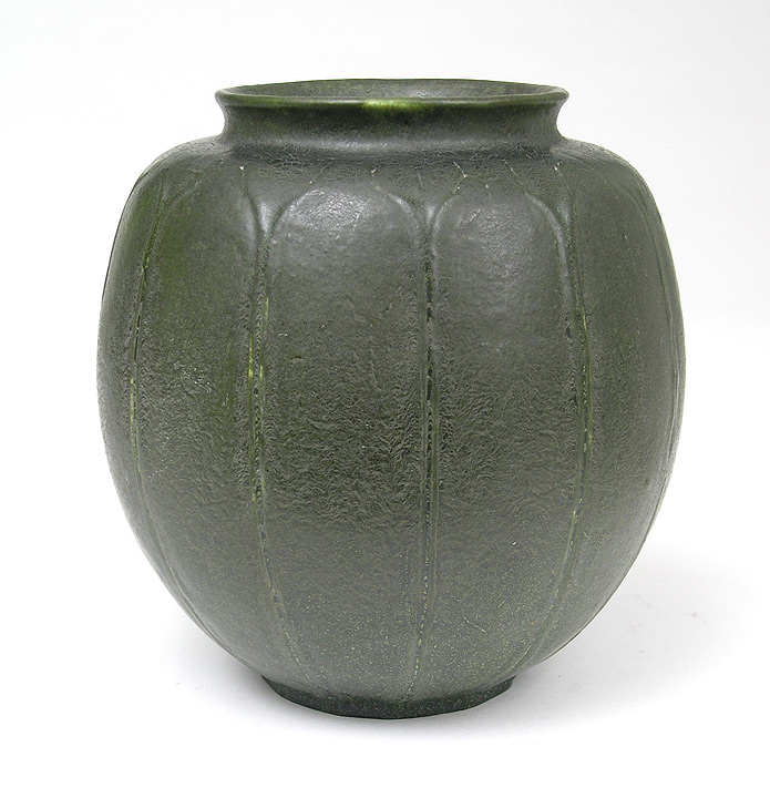 Grueby, Carved vase