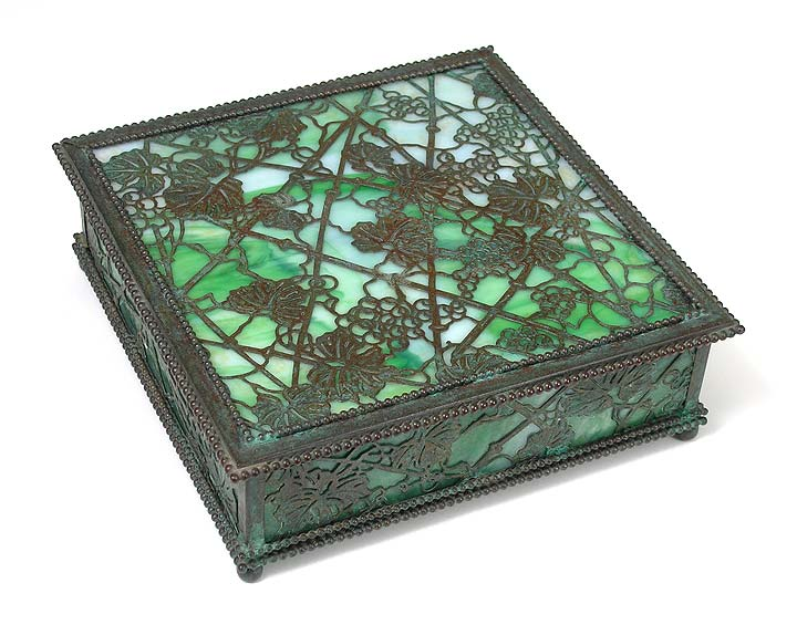 Grapevine, Handkerchief Box