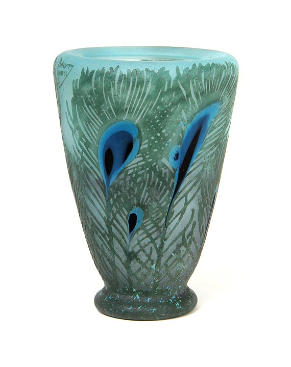 Chasenantiques french glass daum nancy peacock