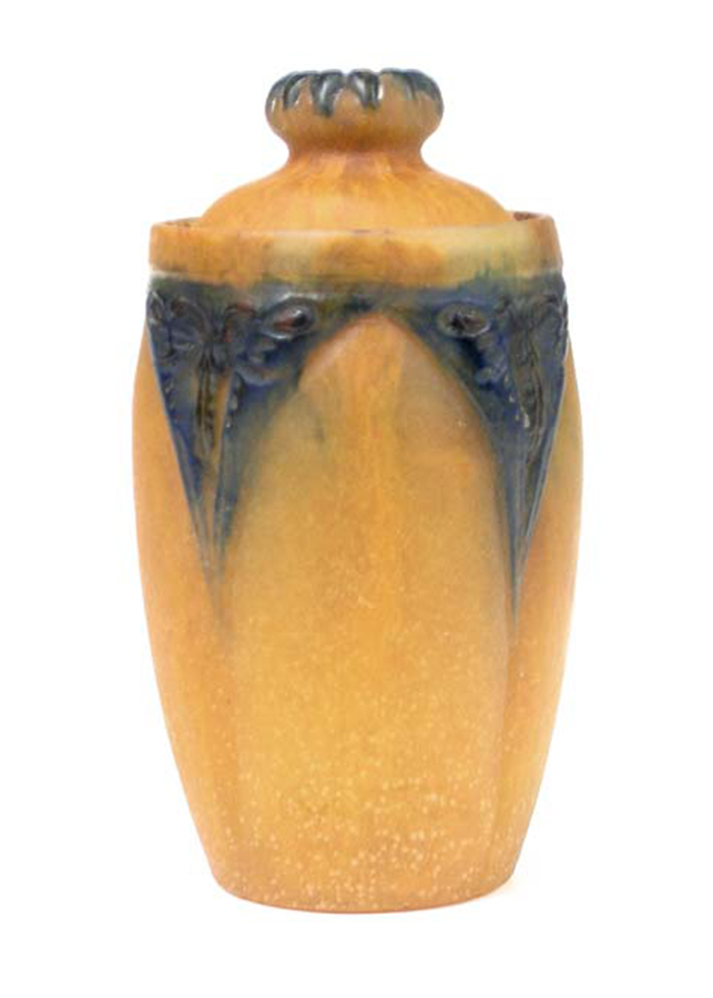 A.Walter, Walter pate-de-verre covered jar